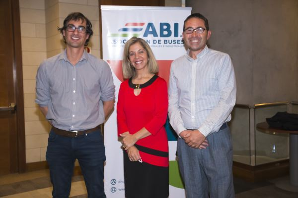 Soc ABI-Felipe Leyton, Carolina Navarrete y Julio Meléndez.